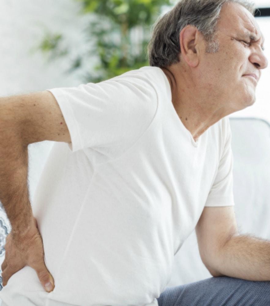chiropractor birmingham lower back pain image
